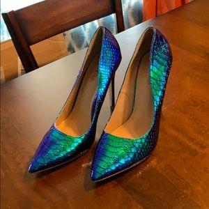 Heels, Blue/green iridescent